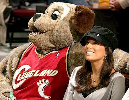 MoonDog was with actress Eva Longoria of ABC's
